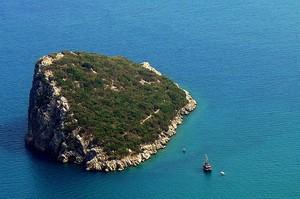 Мышиный остров - место с необычным названием и красивым пейзажем