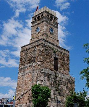 Часовая башня Саат Кулеси - произведение архитектурного искусства