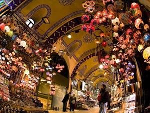 Рынки Стамбула пестрят разнообразием товаров