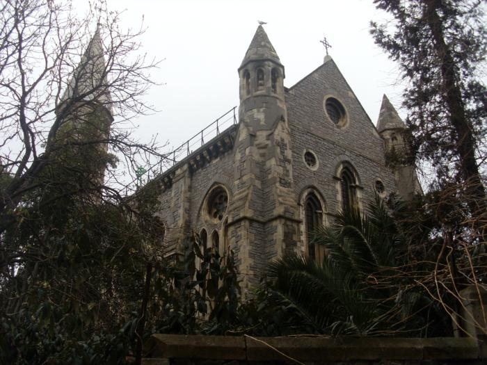 Внешний вид Крымского Храма в Стамбуле