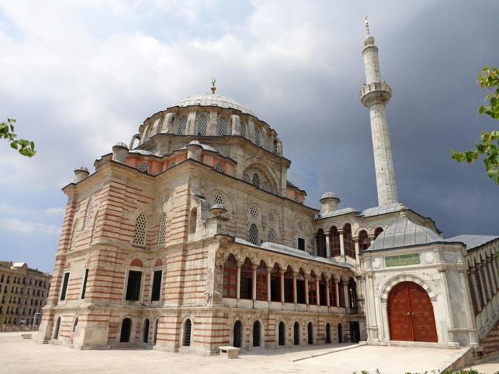 Здание мечети