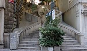 Лестница Камондо в Стамбуле - историческая ценность