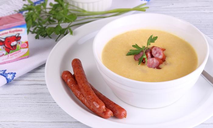 Картофельный густой суп с копчеными колбасками