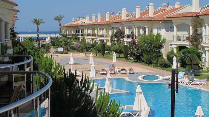 Бассейны на территории Sunset Beach Club (Fethiye, Turkey)