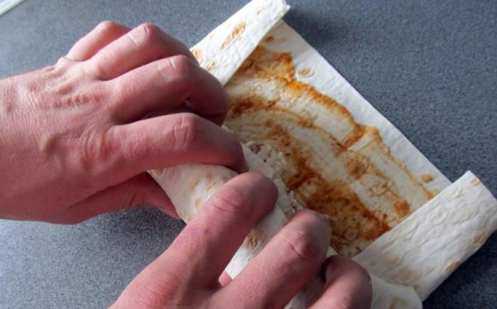 Как приготовить шаурму в лаваше: 7 вкусных и простых рецептов