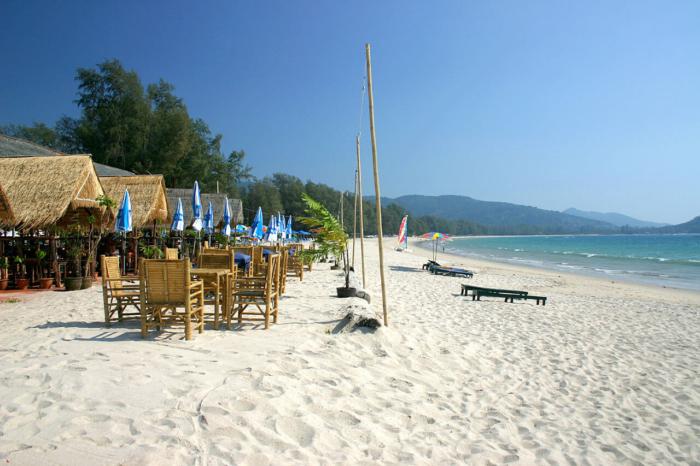 Белоснежный песок на пляже Банг Тао