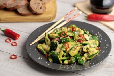 Рецепт битых огурцов по-китайски