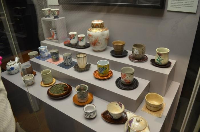 Удивительные экспонаты в музее чайной посуды