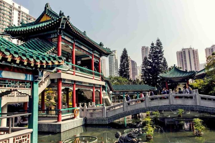 Храм трех религий в Гонконге