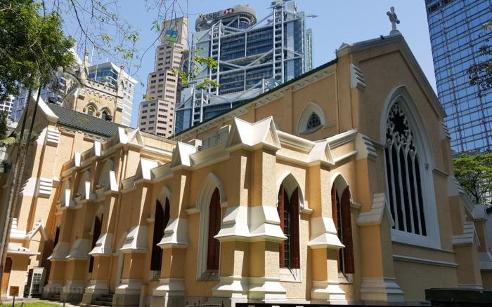 Церковь Сент Джонс - достопримечательность в центре Гонконга