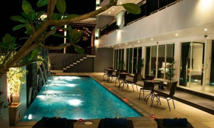 Бассейн в гостиннице Amin Resort