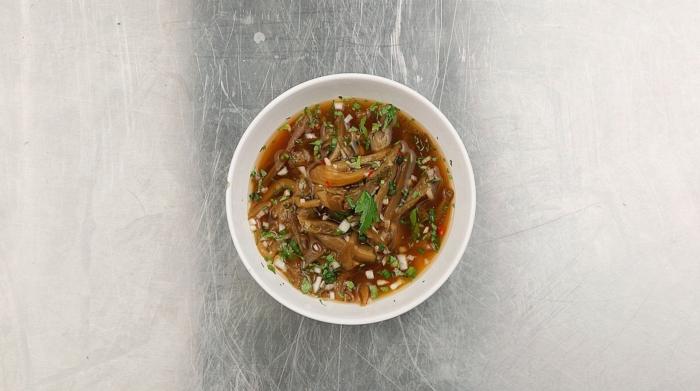 Холодный китайский суп с баклажанами