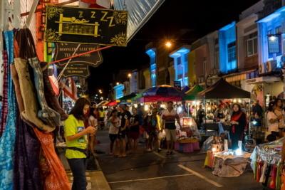 Ночной рынок - находка для туриста