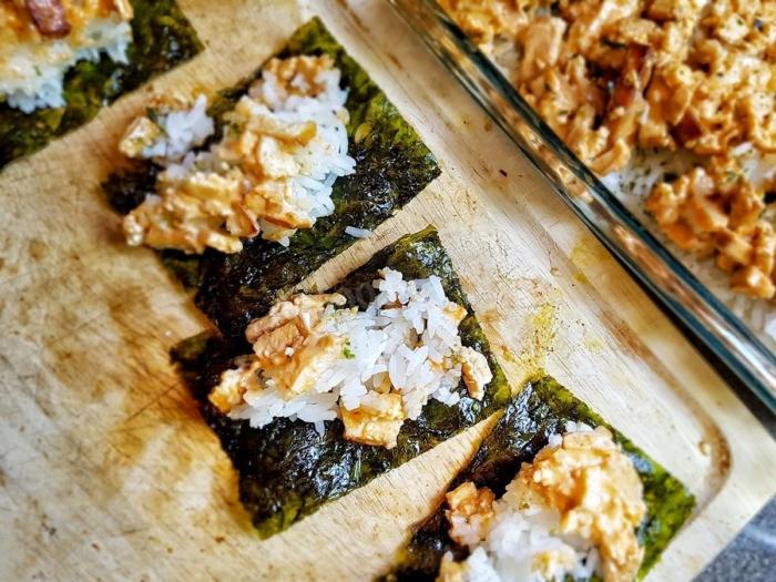 Запеченное тофу в суши