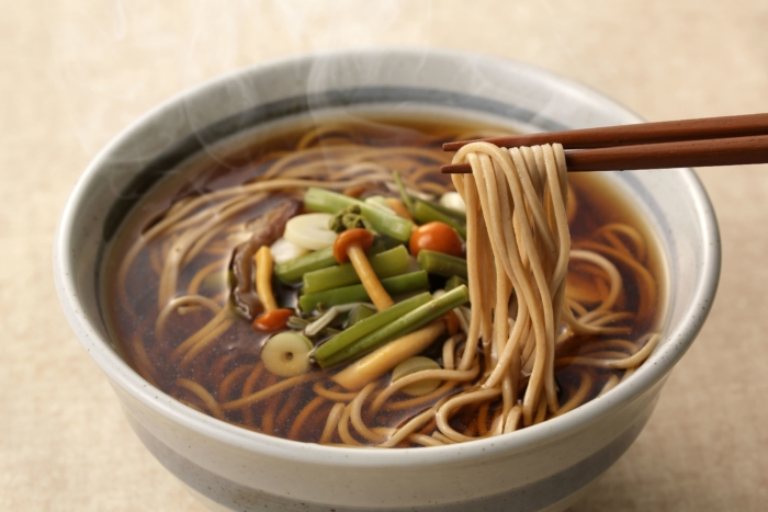 Гречневая лапша с опятами в луковом супе