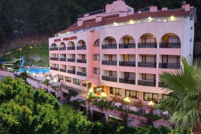 Многоэтажное здание Pirlanta Hotel (Turkey, Oludeniz, Fethiye)