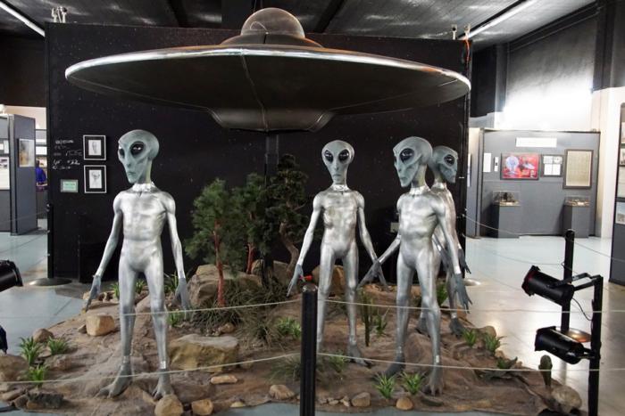 Необычная экспозиция в музее НЛО