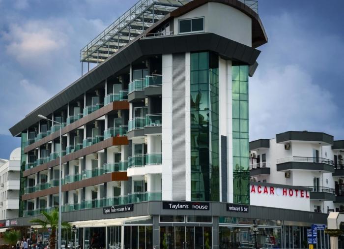 Высотное здание Acar Hotel с номерами