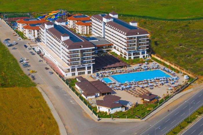 Обзор огромной территории гостиничного комплекса Eftalia Aqua Resort 5*